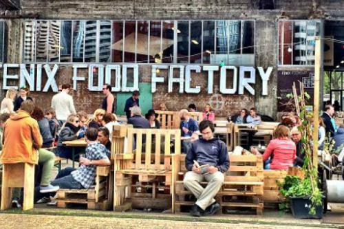 Fenix Food Factory buiten Jackaroo